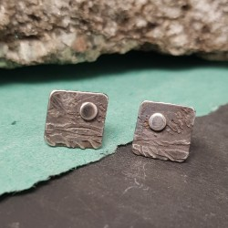Moon and landscape studs