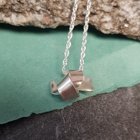 Knot pendant - Small